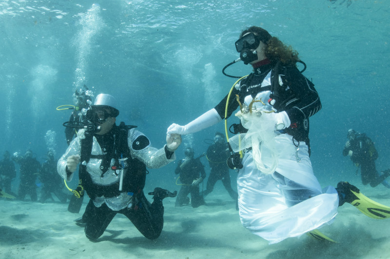 Underwater Bride and Groom Wedding