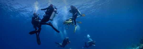 Few Known Ways to Consume Less Air While Diving