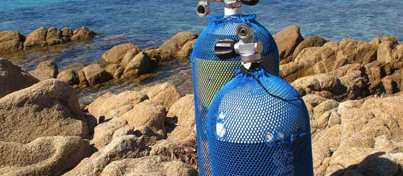 A scuba tank filled with air